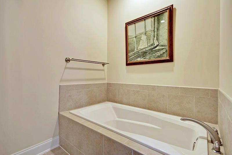 5508  Colonial Chatsworth Circle North Charleston, SC 29418