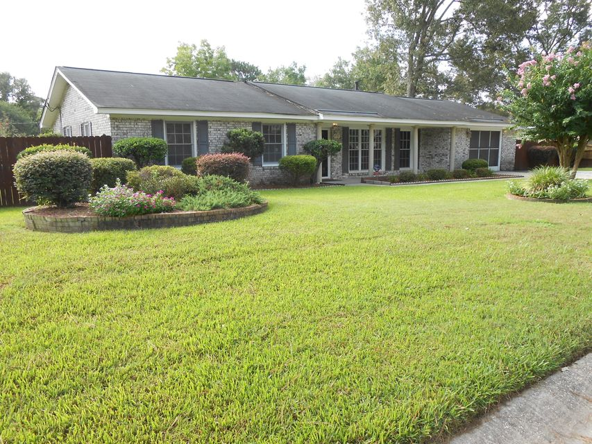4737  Popperdam Creek Drive North Charleston, SC 29418