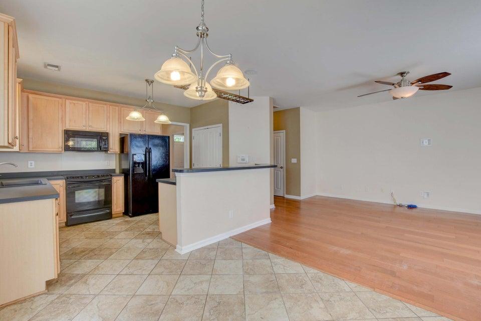 White Gables Homes For Sale - 105 Trillium, Summerville, SC - 13