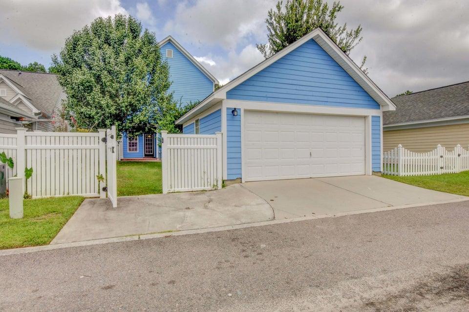 White Gables Homes For Sale - 105 Trillium, Summerville, SC - 6