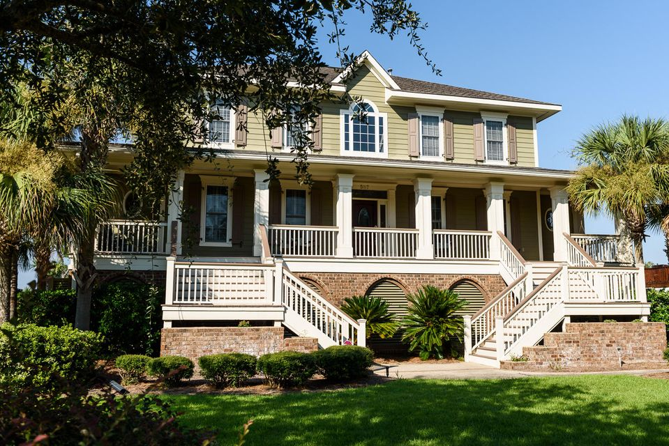 587  Island Walk East Mount Pleasant, SC 29464