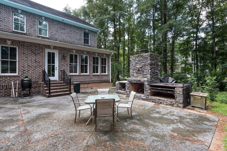 362  Beresford Woods Lane Charleston, SC 29492