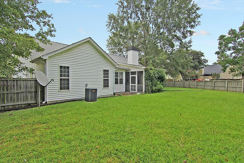 5521  Rowsham Place North Charleston, SC 29418