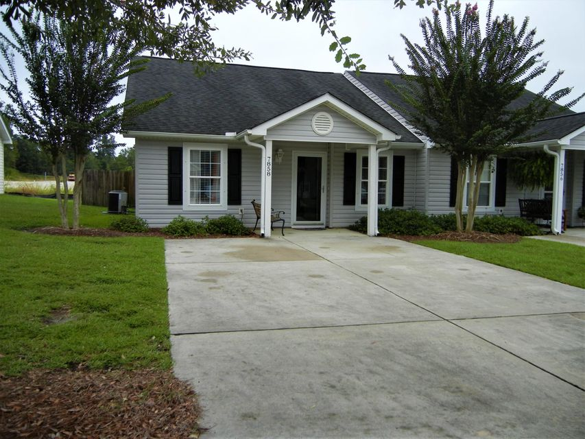 7858  Park Gate Drive North Charleston, SC 29418