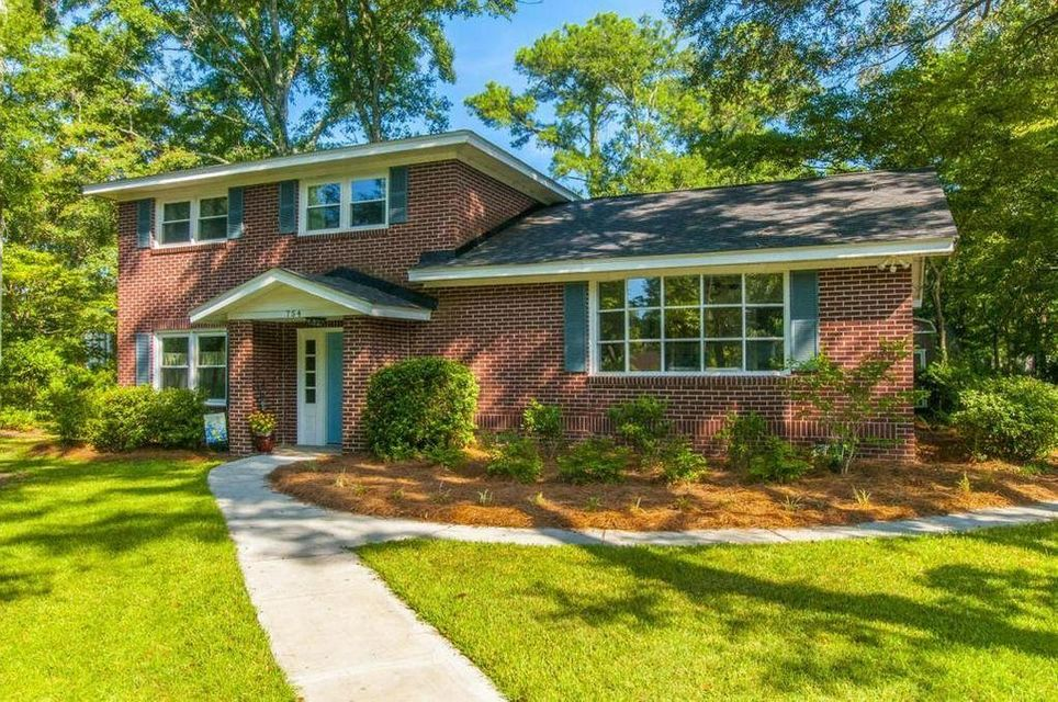 754  Edmonds Drive Charleston, SC 29412
