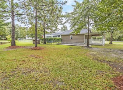 282  Hickory Oaks Lane Cross, SC 29436