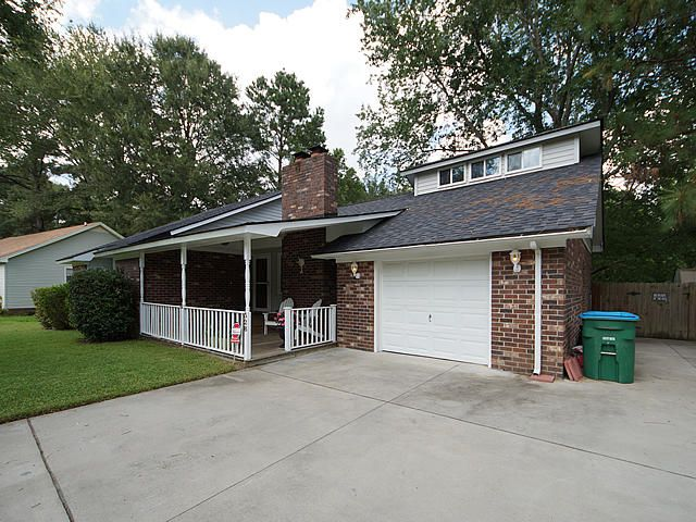 328  Canaberry Circle Summerville, SC 29483