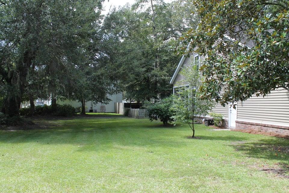 101  Weatherbark Circle North Charleston, SC 29418