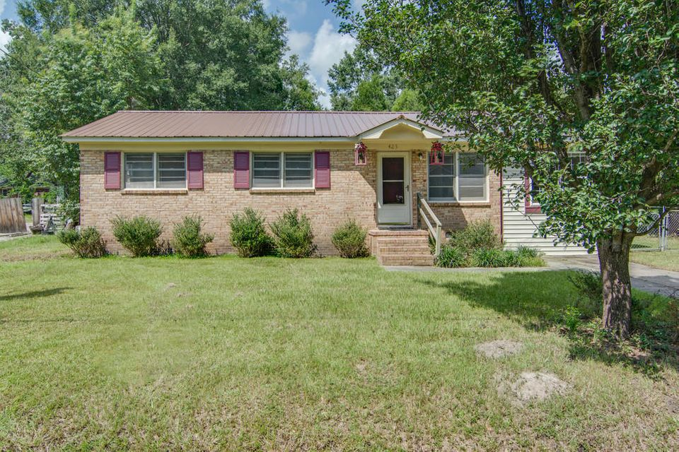 425  Mary Scott Drive Goose Creek, SC 29445