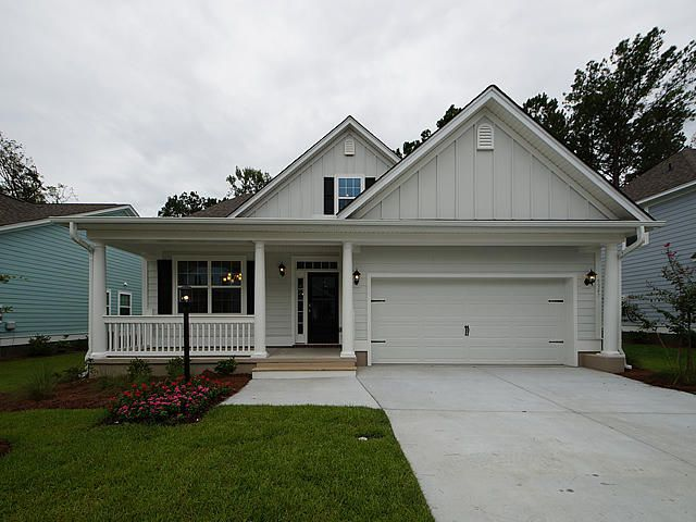 5359  Birdie Lane Hollywood, SC 29449