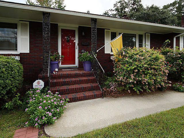 4964  France Avenue North Charleston, SC 29405