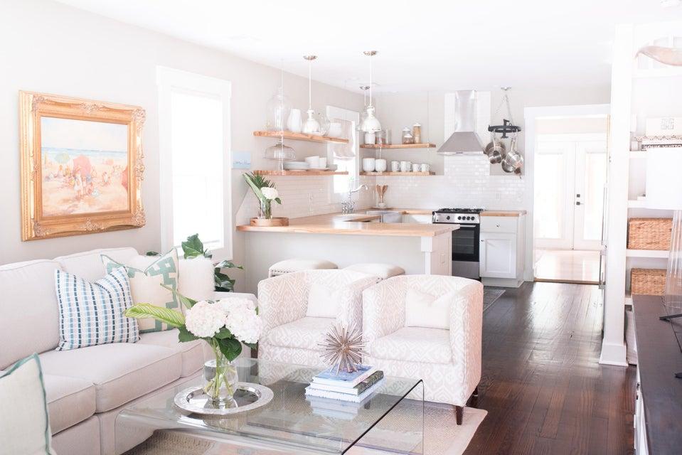 Ask Frank Real Estate Services - MLS Number: 17021711