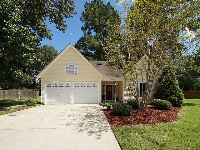 206  Challis Court Goose Creek, SC 29445