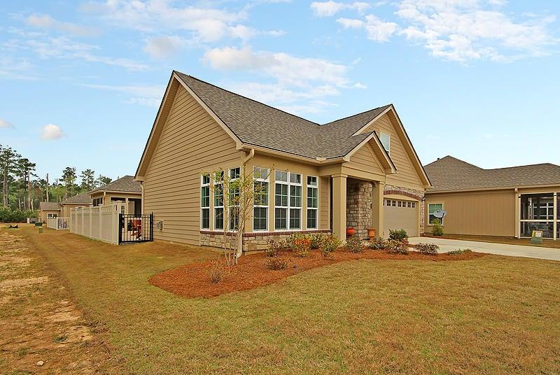 266  Village Stone Circle Summerville, SC 29486