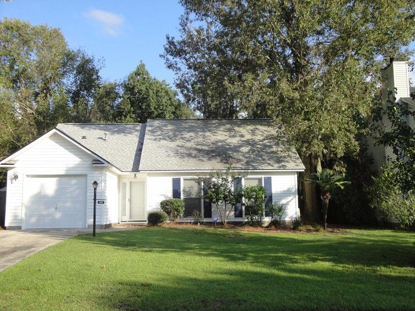 195  Briarwood Drive Charleston, SC 29414
