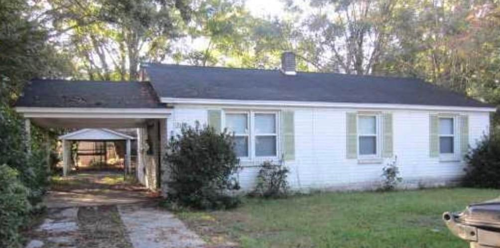 2163  Eleanor Drive North Charleston, SC 29406