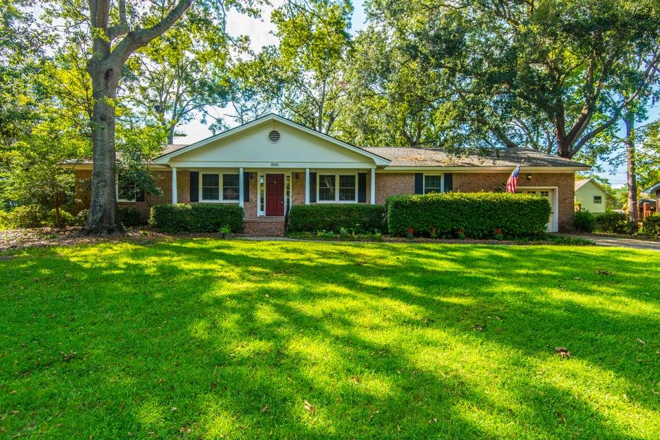 1540 S Pinebark Lane Charleston, SC 29407