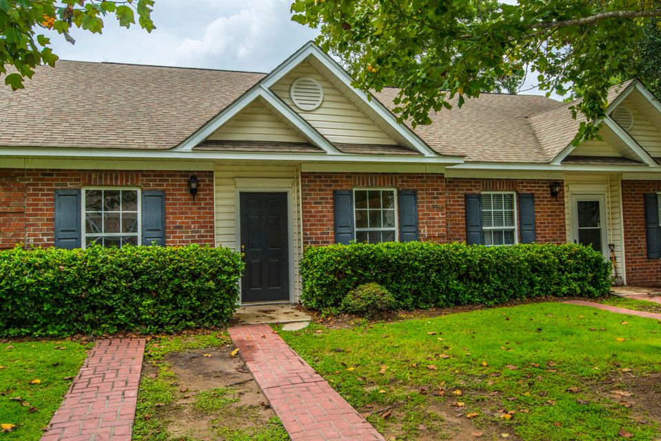 1325  Old Tabby Lane Mount Pleasant, SC 29464