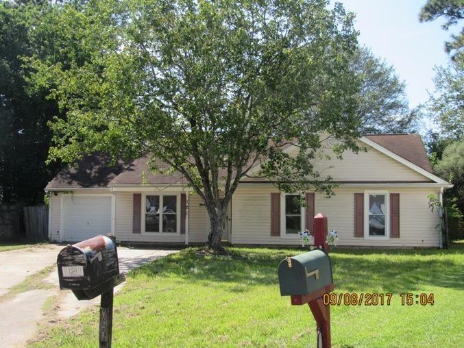 121  Crooked Creek Court Summerville, SC 29483