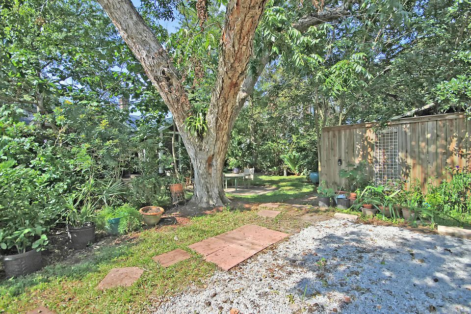 55  Folly Road Boulevard Charleston, SC 29407