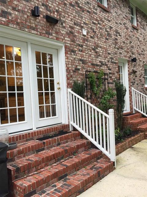 714  Willow Lake Road Charleston, SC 29412