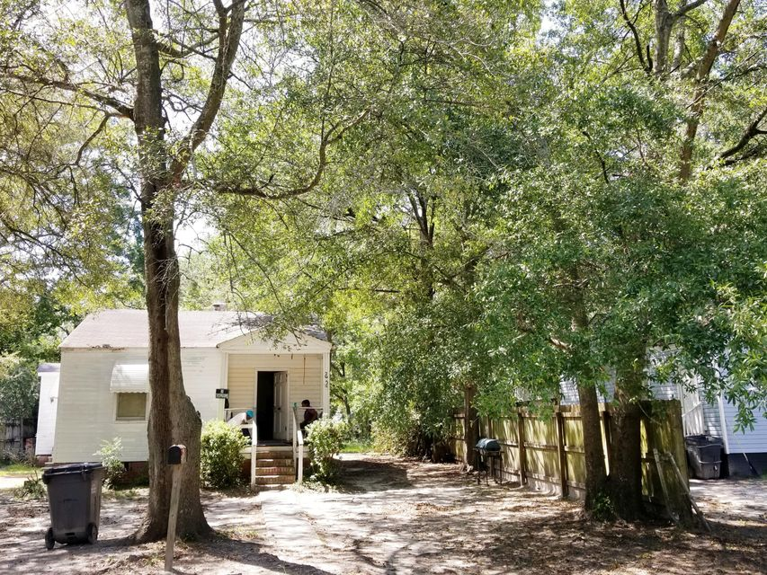 2657  Madden Drive North Charleston, SC 29405