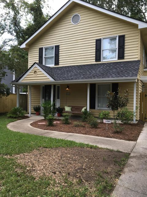 656  Fox Pond Drive Mount Pleasant, SC 29464