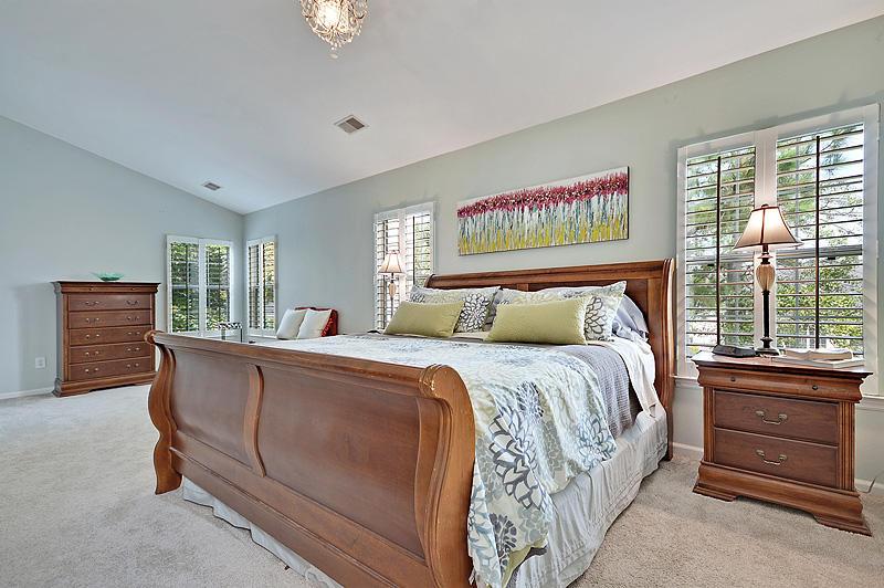 2339  Parsonage Woods Lane Mount Pleasant, SC 29466