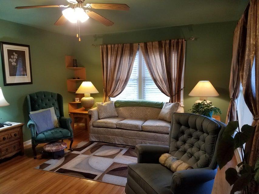 400  Pineview Drive Goose Creek, SC 29445