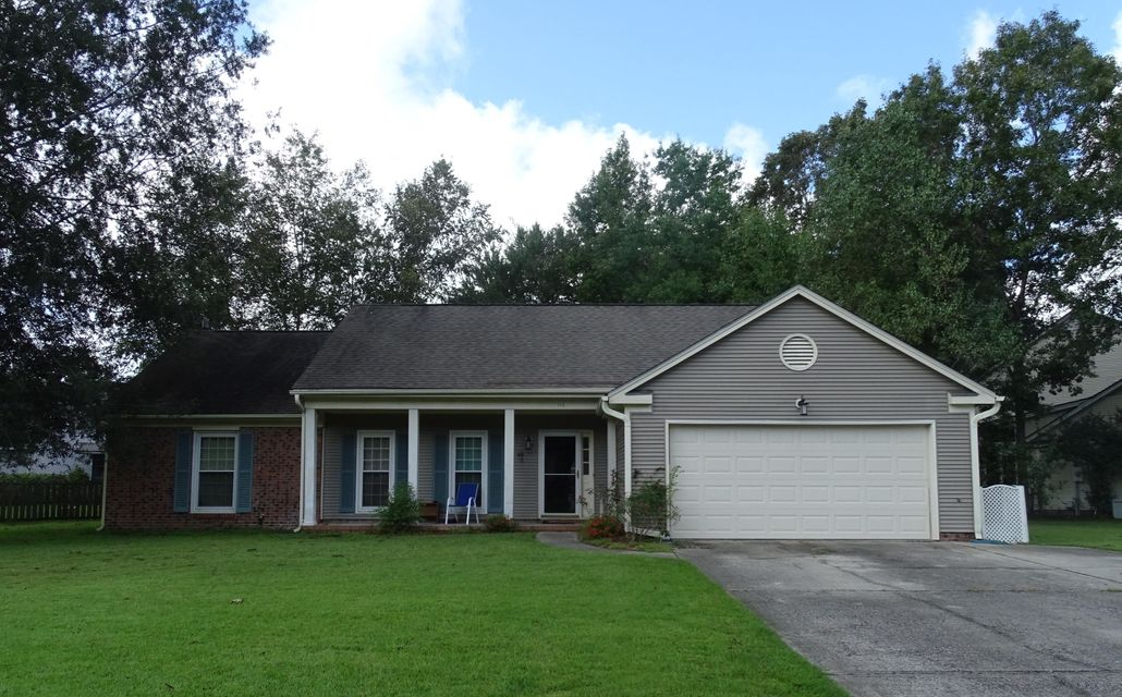 113  Wainwright Summerville, SC 29485