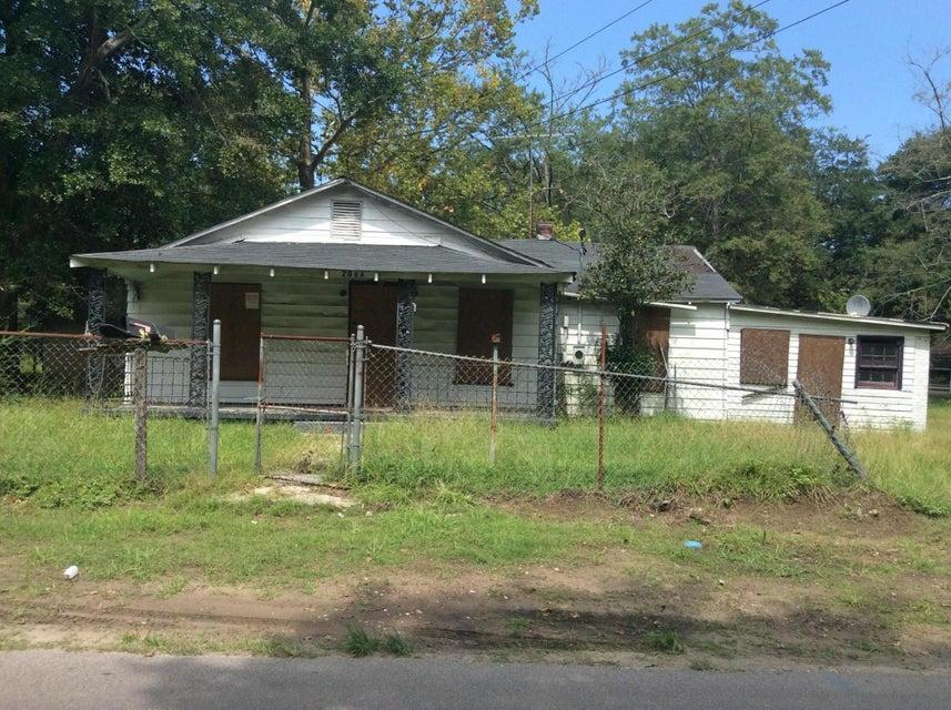 2006  Fuller Street North Charleston, SC 29406