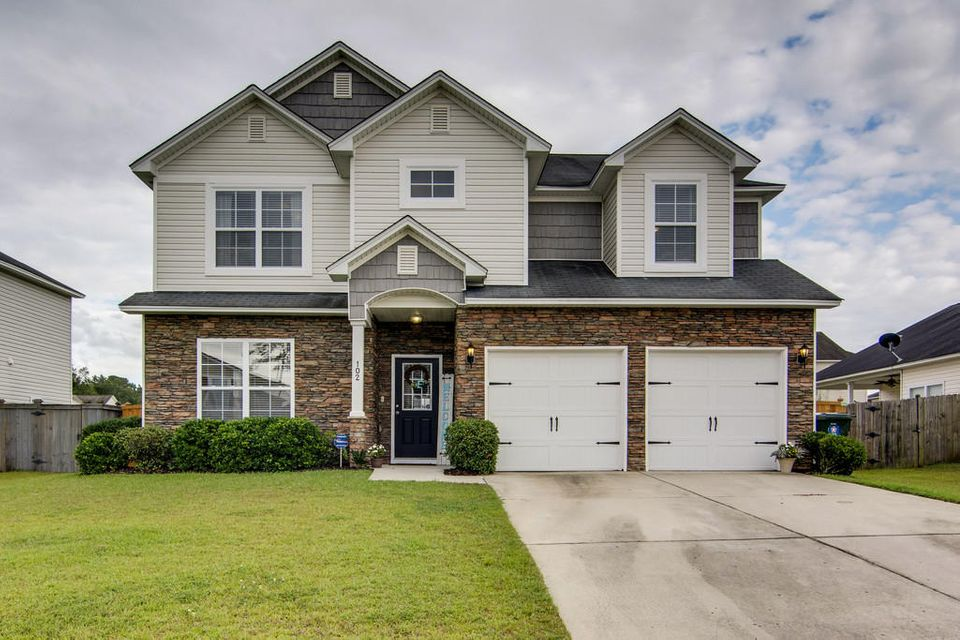 102  Summer View Road Summerville, SC 29486