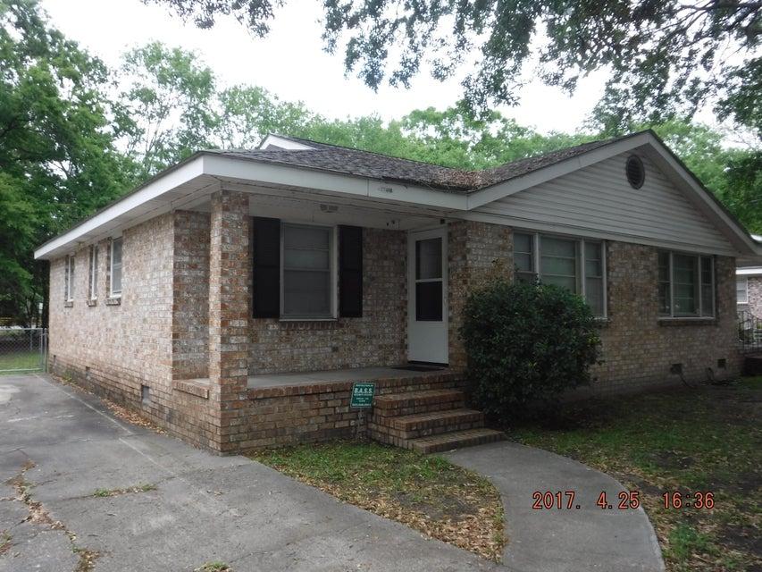 1740  Pinecrest Road Charleston, SC 29407