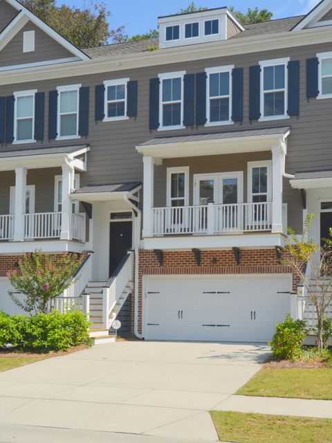 1882  Carolina Towne Court Mount Pleasant, SC 29464