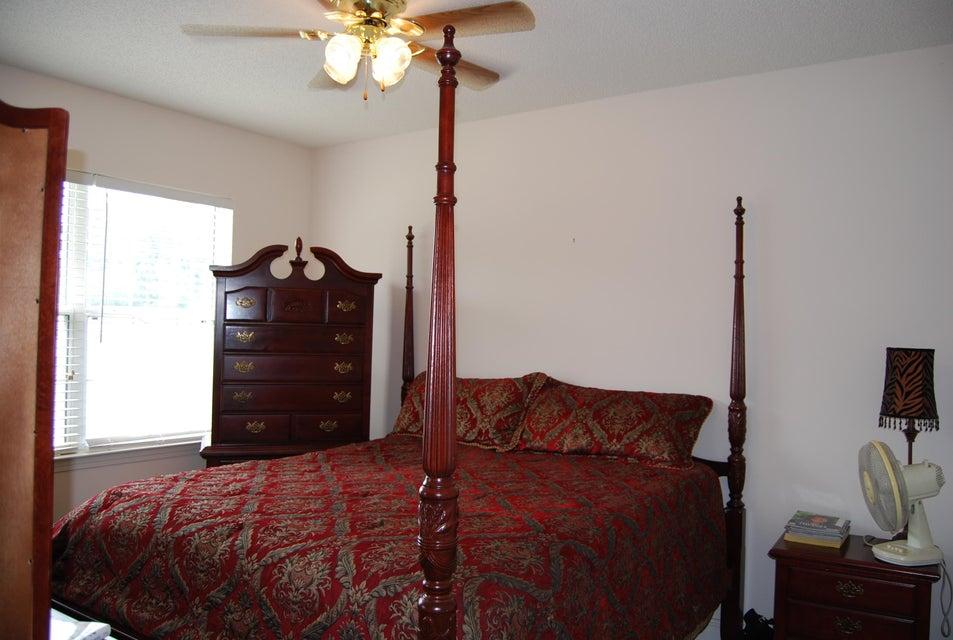 4579  Great Oak Drive North Charleston, SC 29418