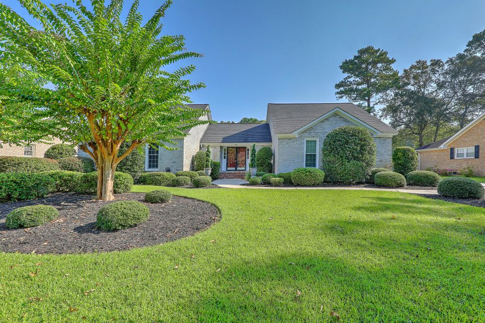 207  Fort Street Summerville, SC 29485