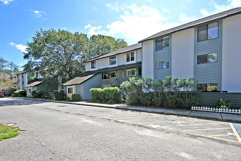 1151  Shadow Lake Circle Mount Pleasant, SC 29464