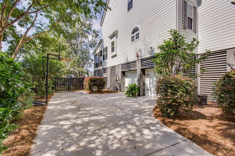 207 N Ladd Court Charleston, SC 29492