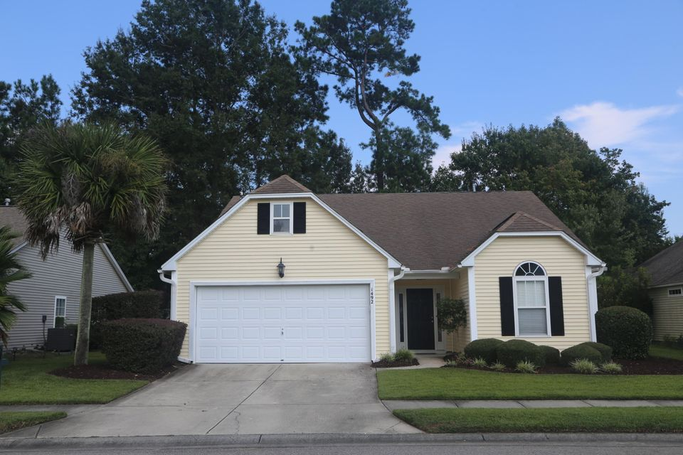 1492  Wellesley Circle Mount Pleasant, SC 29466