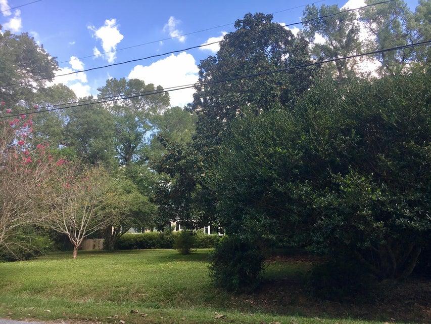 1911  Fruitwood Avenue Charleston, SC 29414