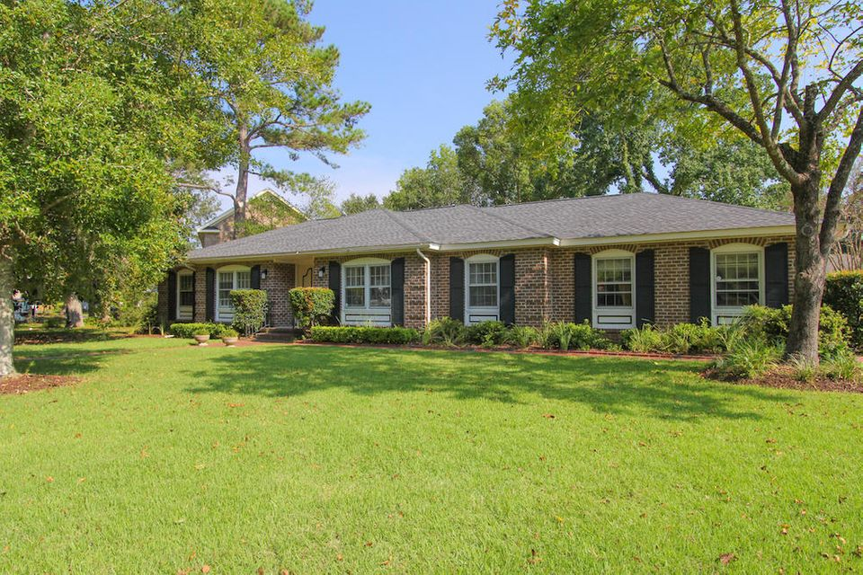 1381 E Vagabond Lane Mount Pleasant, SC 29464