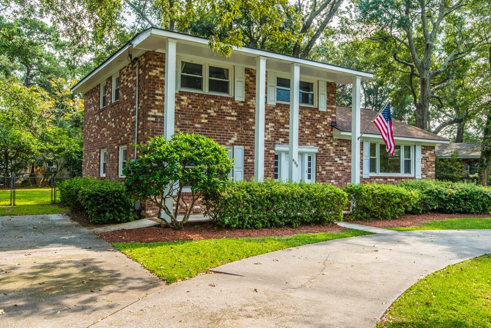 669  Edmonds Drive Charleston, SC 29412