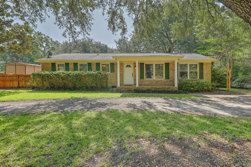 1523  Fort Johnson Road Charleston, SC 29412