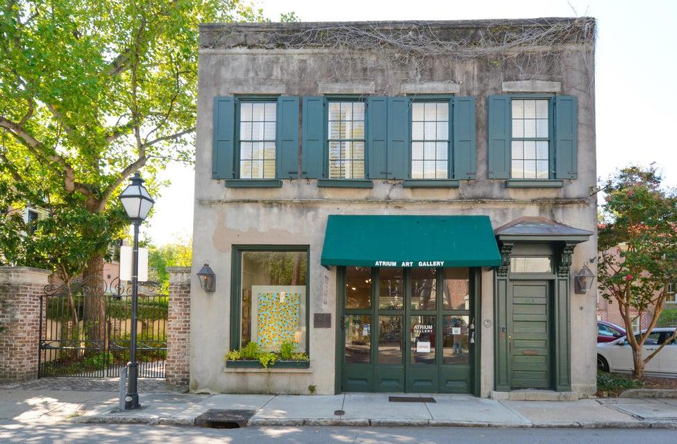 61  Queen Street Charleston, SC 29401