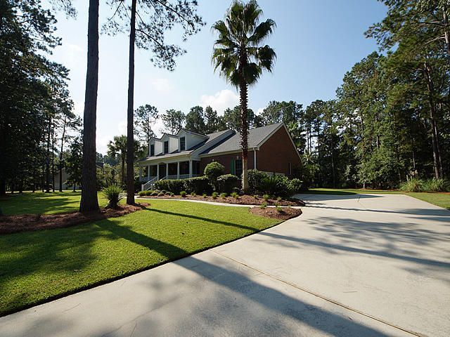 3476  Shagbark Circle Mount Pleasant, SC 29466