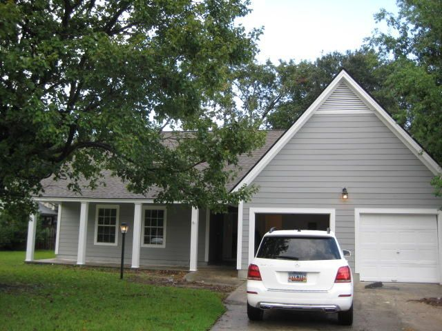 742  Lavalier Square Mount Pleasant, SC 29464