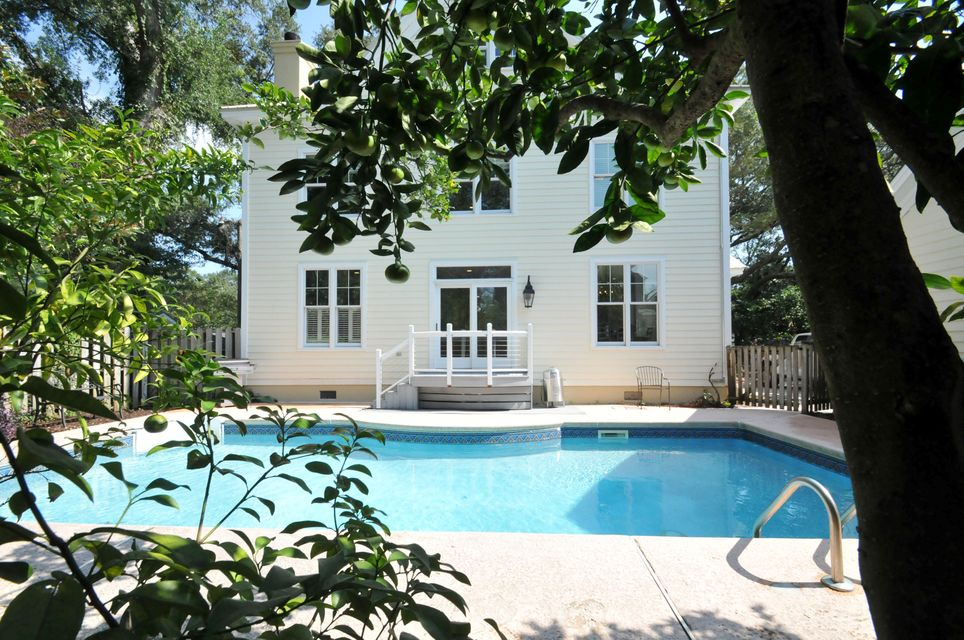 517  Royall Ave Mount Pleasant, SC 29464