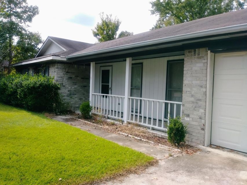 8111 S Split Oak North Charleston, SC 29420