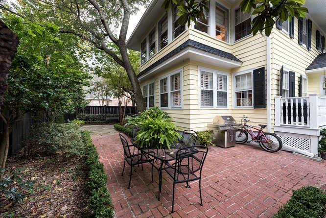 198  Ashley Avenue Charleston, SC 29403