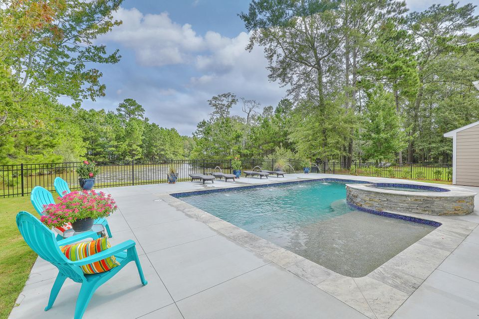 1932  Hall Point Road Mount Pleasant, SC 29466